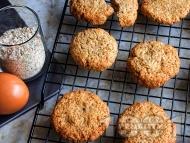 Рецепта Лесни здравословни овесени бисквити със спелта и джинджифил